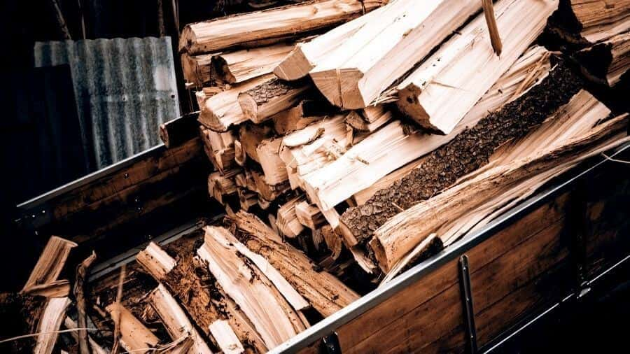 How to start a fire in a fireplace without kindling - Wood